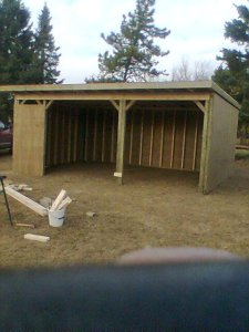 custom build horse barn on an acreage